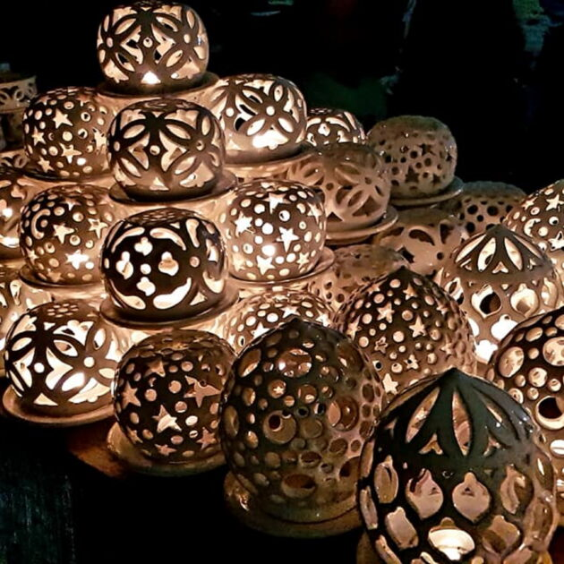 LAMPS, CHANDELIERS, CANDLE HOLDERS & LANTERNS